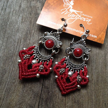Hippie chic  tibetan style handwoven earrings silver color boho red micro macramé micromacramé