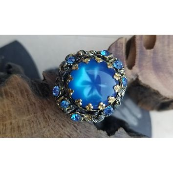 Blue moon glow lucite and rhinestone brass adjustable costume cocktail ring