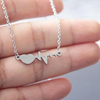 1pc Heart ECG Pendant Necklace Stainless Steel Simple Love Necklaces Women Men Fashion Memorial Jewelry