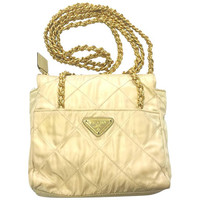 Vintage Prada quilted nylon ivory beige shoulder bag with gold tone chain handles. Must have. LAMPO zipper