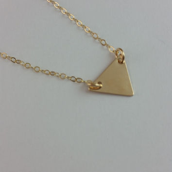 Initial triangle necklace, Tiny triangle necklace, Geometric necklace, Valentines gift, Minimalist Jewelry, Personalized letter necklace