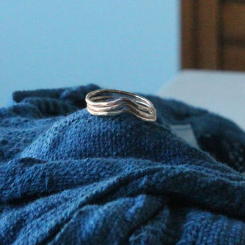 Hammered 14k Gold Fill Peaked Chevron Ring - Made to any size for any finger midi or knuckle- custom made to order