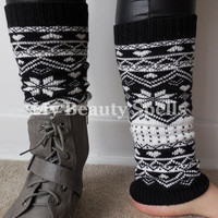 Aztec Leg Warmers for Women short knited boot warmers tribal print boot legwarmers Color Black And White(item no.11Y)