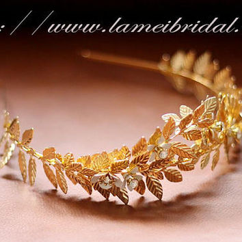 Woodland Queen Golden Wedding Bridal Tiara,wedding Headpiece with gold leaf ,Bridal leaf crown ,Bridal headpiece - Greek hair accessory