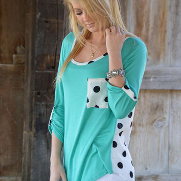 Look My Way Top - Mint and White