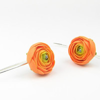 Orange ranunculus flowers - handmade polymer clay earrings - polymer clay jewellery - floral earrings