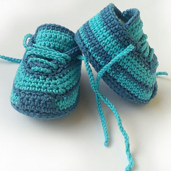 Crochet baby sneakers, crochet sneakers, crochet shoes, Crochet baby booties, crochet baby shoes, crochet slippers, toddler shoes