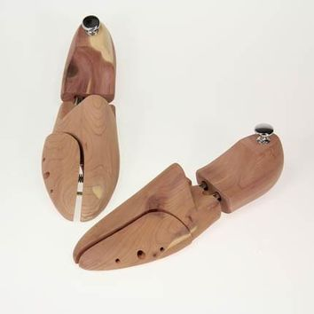 Men's Premier Cedar Shoe Tree fits sizes 8-11