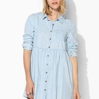 BDG Chambray Babydoll Shirtdress- Vintage Denim Light S
