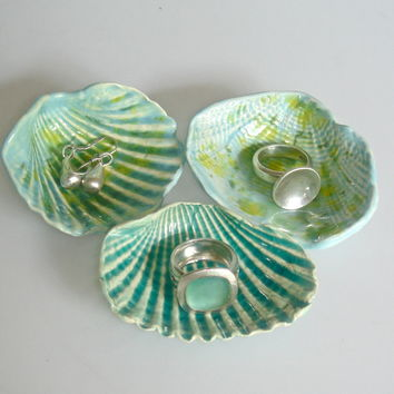 seashell collection ocean green by Clayshapes on Etsy