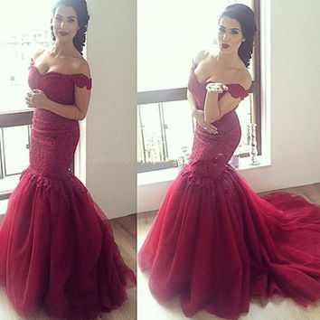 Gorgeous Mermaid Prom Dresses 2016 Sweetheart Off The Shoulder Backless Court Train Evening Gown Long Tulle Prom Dress