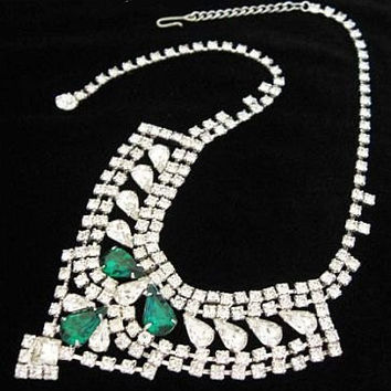 "Art Deco Bib NECKLACE Emerald Clear Rhinestones Silver Metal Choker Style 16"" Hook Tail Classp Vintage"