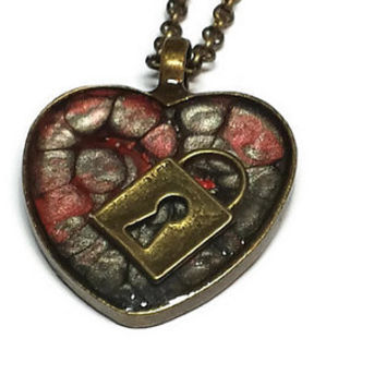 Black and Red Locked Heart Pendant Necklace