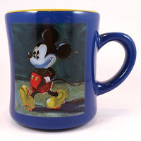 Mickey Mouse Walking Coffee Mug Cup 10oz Blue Green Disney Store k361