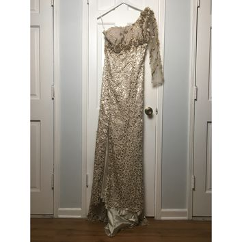 MNM Couture women's tan 7 gold evening gown sz 6