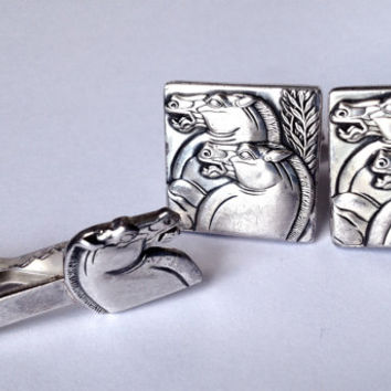Vintage Art Deco cuff links. Hickok Horse head cufflinks.  Men's gift, tie clip set.