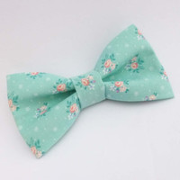 Floral bow tie, mens bow tie, light blue bow tie, vintage cotton rose print bow tie, pre tied adjustable or clip on bow tie