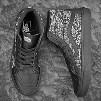VANS X Karl Lagerfeld High ski shoes for men and women