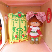 Wardrobe Closet Armoire for Strawberry Shortcake Berry Happy Home Vintage Dollhouse Furniture