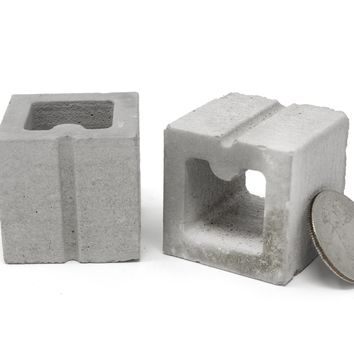 1:6 Scale Mini Half Cinder Blocks (2pk)
