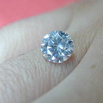 5.57ct D-VS2 Loose Diamond Round Diamond GIA certified BLUE