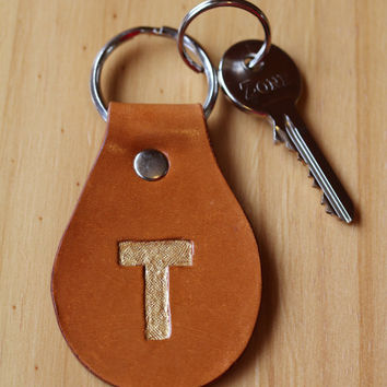 Initial T Keychain, Hand Carved Leather Key Fob, Monogram Keychain, Leather Keyring, Hand Tooled Keychain, Hand Painted Leather Key Chain