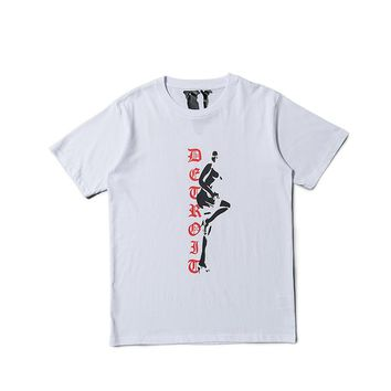 VLONE LIFE 2019 men's new tops Europe and the United States street popular big V letter personality dance girl teen T-shirt