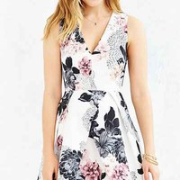 Keepsake Floral Gone Girl Dress - Urban Outfitters