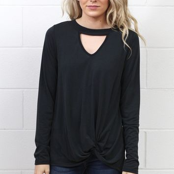 Get Twisted Long Sleeve Keyhole Top {Black}