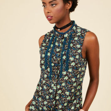 Can't Believe My Socialize Sleeveless Top in Navy Floral | Mod Retro Vintage Short Sleeve Shirts | ModCloth.com