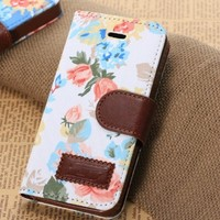 iphone 5 5S , iphone 5C Luxury Vintage Shabby Chic Cute Flowers Floral Designer Purse Pouch Wallet Case -Tpu leather Floral White