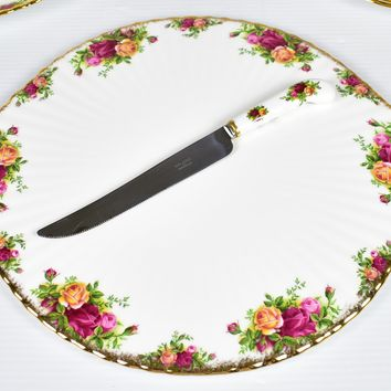 """Royal Albert, Old Country Roses 13 1/2"""" Cake Plate & Knife"""