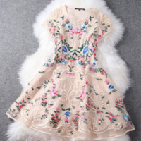 "Stunning ""English Rose"" Floral Organza Lace Dress"