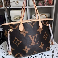 Louis Vuitton Lv Bag #703