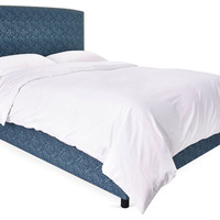 Aiden Nail-Head Bed, Vista
