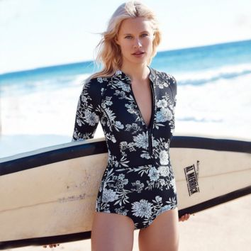 Sexy size chest gather swimsuit hot spring swimsuit black white flower long sleeve one piece zipper swimwear
