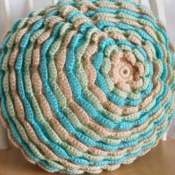 Round Flower Pillow / Crochet Pillow / Crochet Cushion / Pastel Pillow / Round Pillow / Accent Pillow / Throw Pillow / Decorative Pillow