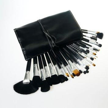 32-pcs Black Make-up Brush Set [8825198151]