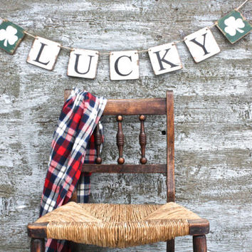 FREE SHIP Wood Lucky Happy St Patrick's Day Banner Shamrock Clover Garland Wood Tags Signs