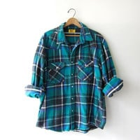 Vintage Plaid Flannel / Grunge Shirt / Boyfriend button up shirt / Snap up thick flannel / Oversized