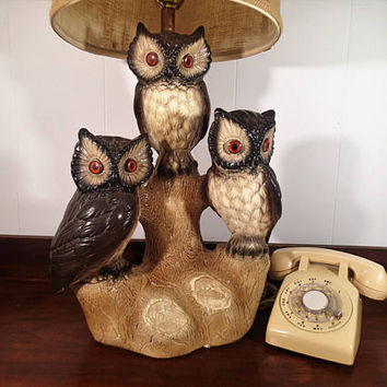 Kitsch Owl table lamp, 3 owls large plaster chalkware lamp (shade not included) Vintage 1970's,plastic orange eyes Rustic Woodland