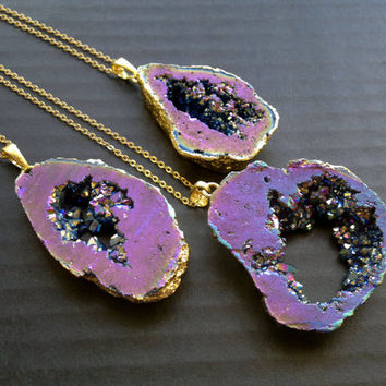 Purple Aura Druzy Necklace Aura Quartz Titanium Coated Druzy Purple Quartz Gold Mystic Druzy Necklace Metallic Aura Quatz Mystic Jewelry