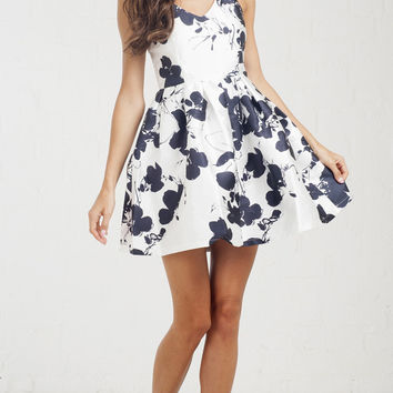 Silhouette Floral Tea Party Dress