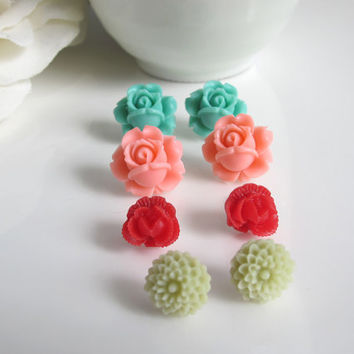 Set of 4 pairs Nature Inspired ear studs. Green, Salmon Pink, Mint Green, Rouge Red, Floral earrings. Surgical Stainless, Everyday jewelry