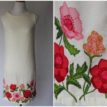 1950s Dress | 1950s Floral Dress | 1950s Ivory Dress | 1950s Shift Dress | Hand embroidered dress | Spring Dress