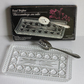 Oneida Royal Brighton Windsor Button & Cane Indiana Glass Cranberry Tray Serving Dish w/ Stainless Steel Spoon, Vintage w/ Original Box