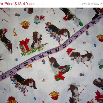 Basset Hound Christmas fabric Bassett dog 1yd cotton quilting sewing material by the yard