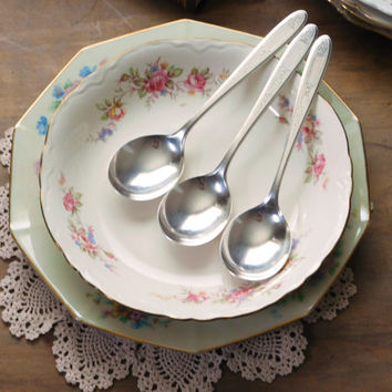 Silver Plate Soup Spoons Set of 3 Grosvenor 1921 Pattern