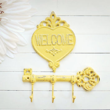 Cast Iron Key Hook / Welcome Sign / Iron Key / Skeleton Key / Wall Key Holder / Key Rack / Shabby Chic Wall Hook / Housewarming Gift / Door