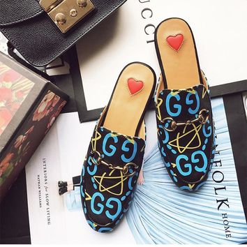 All-match Retro Print Round Head Sandals Shoes Flats Shoes Genuine Leather Women Shoes-1
